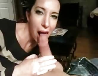 Nice oral sex from friends spouse