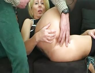 Hardcore anal sex with a blonde old broad