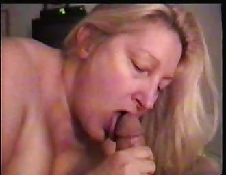 BBW mom polishing my hard knob