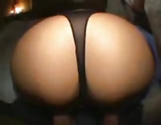 Drunk lady with charming butt has unexpected porn