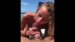 OUR HONEYMOON SEX video IN PARADISE PART 2-SEX VACATIONS blowjob! Traduire