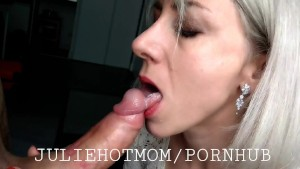 Anal lesson of the world's best stepmother, she loves anal sex with stepson